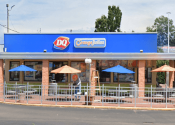 Topeka juice bar DQ/Orange Julius