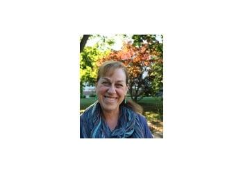 New Haven psychologist Dr. Amy E. Goldfarb, Ph.D