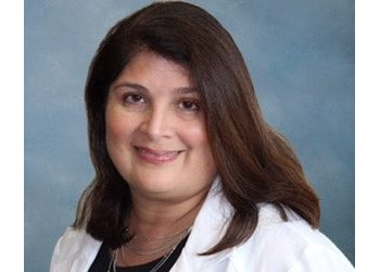 Fayetteville pain management doctor  Ann Marie G. Munoz, MD
