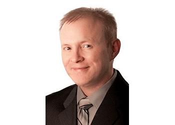 Columbia cosmetic dentist DR. ERIC BURTON, DDS, FAGD