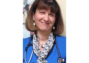 Coral Springs primary care physician Elisa L. Ginter, DO