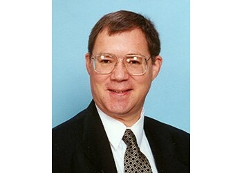 Peoria primary care physician DR. Henry R. Gross, MD