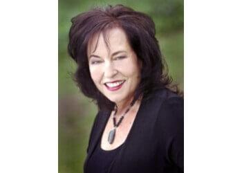 Arlington psychologist DR. Joy Vanderbeck, PH.D, CHT