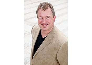 Portland chiropractor Dr. Larry Hanberg