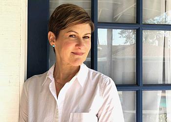 Santa Ana psychologist Dr. Lisa Schenitzki, PSY.D