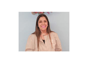 Columbia kids dentist DR. MOUNA BOSLER, DDS
