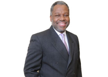 Houston orthopedic DR. Richard R.M. Francis, MD, MBA, FRCS Ed, FRCS Ed (Tr & Orth)