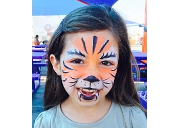 Glendale face painting Daisy Entertainment