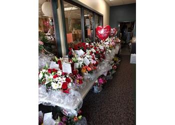 Fargo florist Dalbol Flowers & Gifts, Inc.