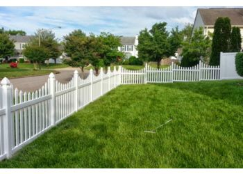Virginia Beach fencing contractor DanDale Fence