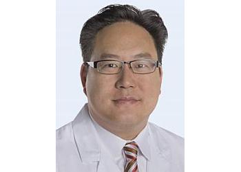 Las Vegas orthopedic Daniel D Lee, MD