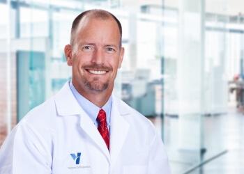 Simi Valley orthopedic Daniel K. Davis, MD