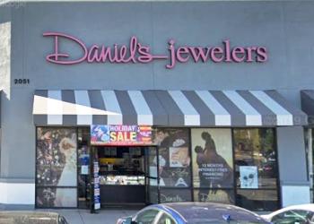 Oxnard jewelry Daniel's Jewelers