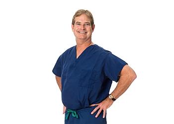 Salem plastic surgeon Dann K. Leonard, MD
