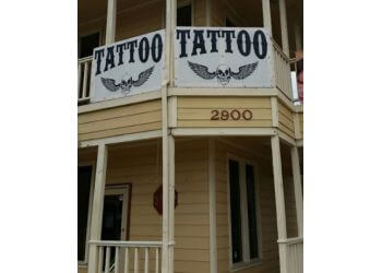 Brownsville tattoo shop Dark Side of the Moon Tattoo Studio