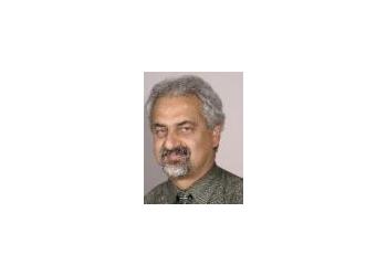 Pomona endocrinologist Daryoosh Valamanesh, MD