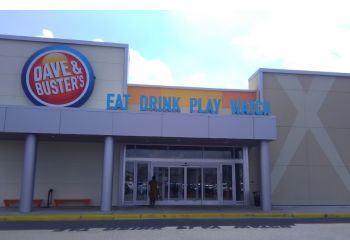 Memphis sports bar Dave & Buster's
