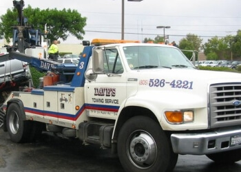Simi Valley towing company Dave's Towing Service