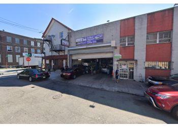 Newark car repair shop David & Sons Auto Repair