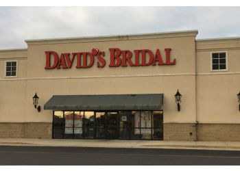 Mobile bridal shop David's Bridal