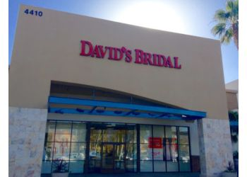 Ontario bridal shop Davids Bridal