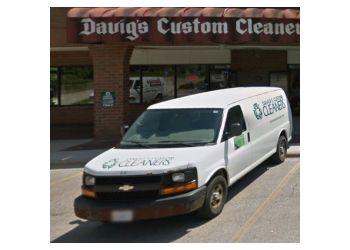 Rockford dry cleaner Davigs Custom Cleaners