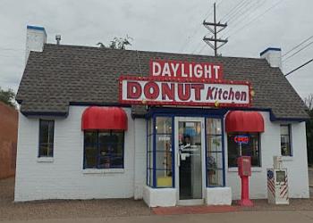 Lubbock donut shop Daylight Donuts