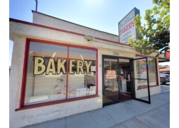 Fullerton bakery De Leon's Bakery