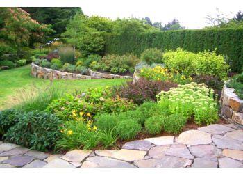 Salem landscaping company DeSantis Landscapes, Inc.