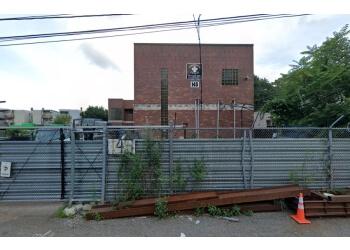 Boston fencing contractor Dedham Fence, Inc.
