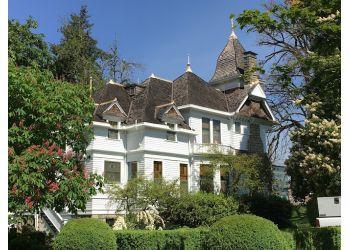 Salem landmark Deepwood Museum & Gardens