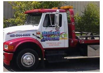 Springfield towing company Delgado's Towing