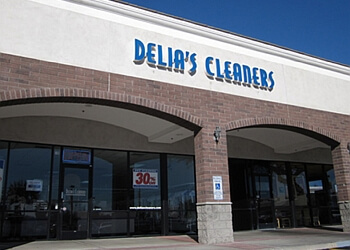 Glendale dry cleaner Delia's Cleaners