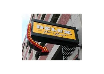 Detroit night club Delux Lounge
