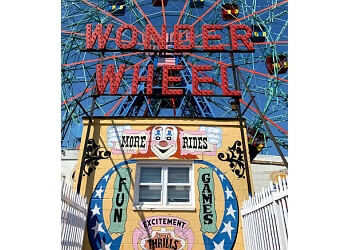 New York amusement park Deno's Wonder Wheel