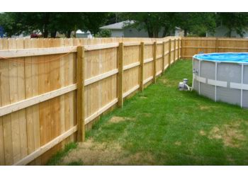 Denver fencing contractor Denver Fence Guys