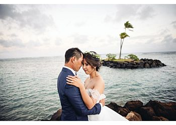 Honolulu wedding photographer Derek Wong Photography