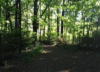 Manchester hiking trail Derryfield Park trail