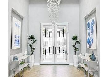 Glendale interior designer Design Outside the Lines