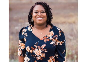 Aurora event management company Dessa Event Planning
