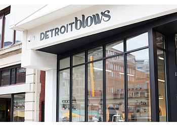 Detroit beauty salon Detroit Blows