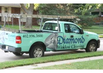 Omaha window cleaner Diamond Window Cleaning, Inc.