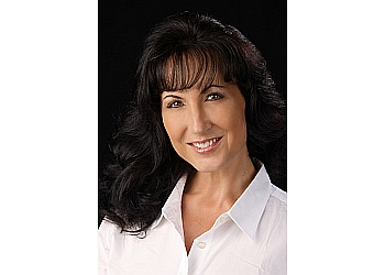 Visalia real estate agent Diana Benson Realtor