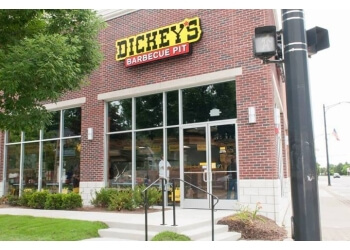Warren barbecue restaurant Dickeys Barbecue Pit