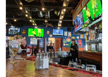 3 Best Sports Bars in Charlotte, NC - Expert Recommendations