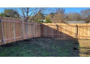 Austin fencing contractor Discount Fence USA