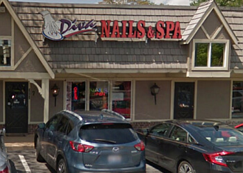 Knoxville nail salon Diva Nails & Spa