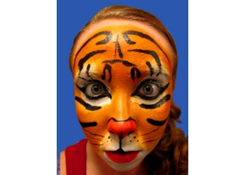 Pembroke Pines face painting Dizzy Doodle Face Painting, LLC