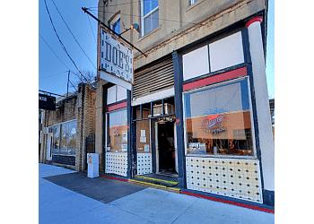 Little Rock steak house Doe's Eat Place