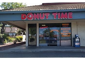 Sacramento donut shop Donut Time